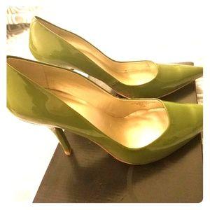 Green pointed toe heels